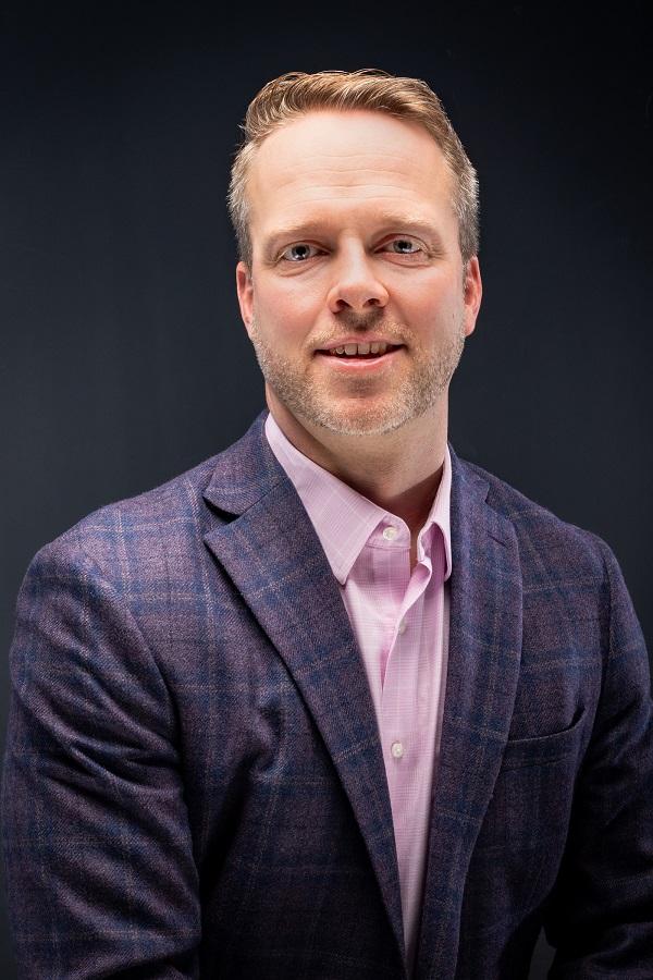 Tim Vanderham headshot