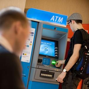 ATM ANZ 060509_NCR_03881